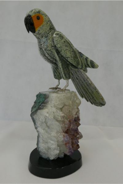 Green Macaw Parrot gemstone sculpture